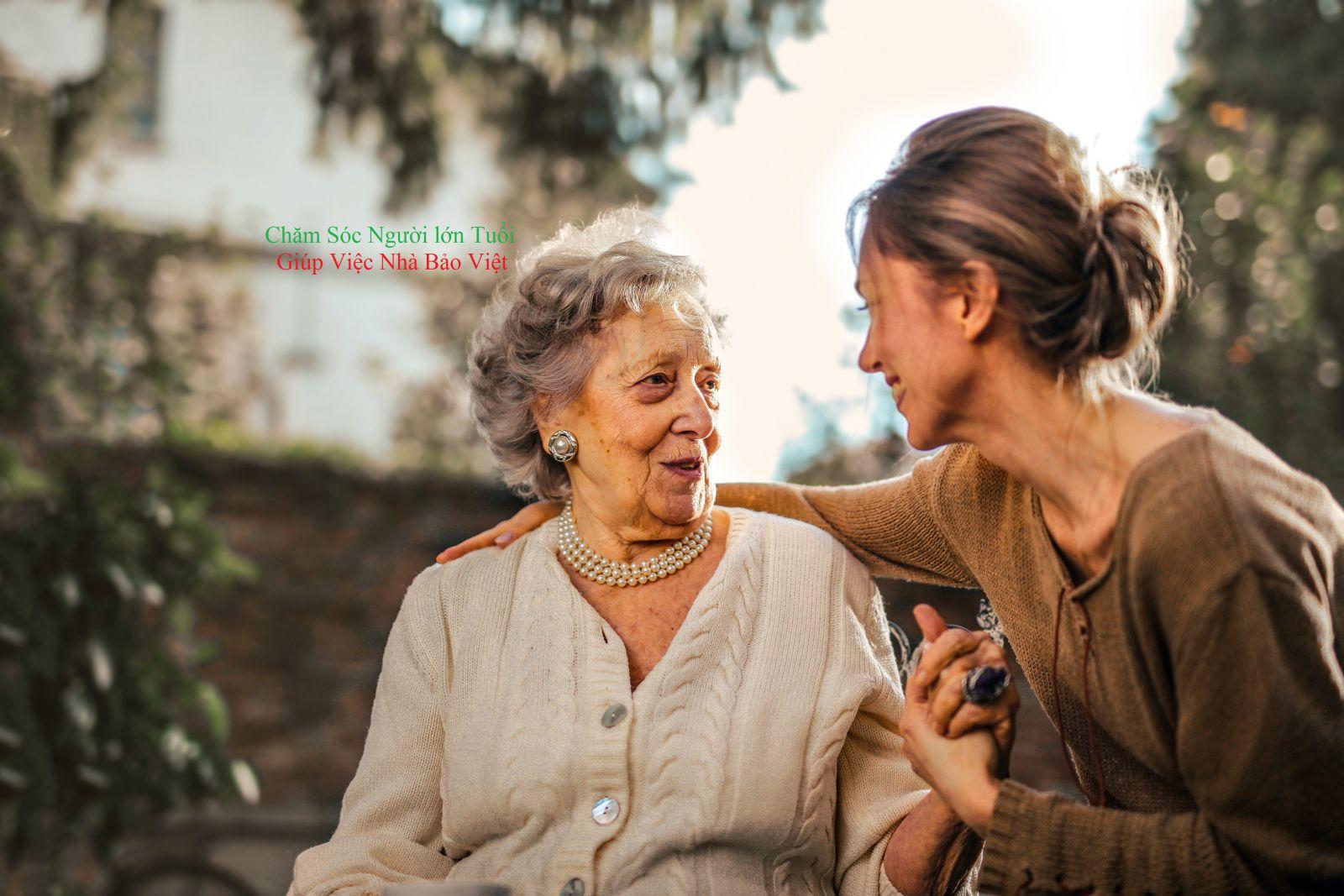 trung tâm chăm sóc người già tại TPHCM